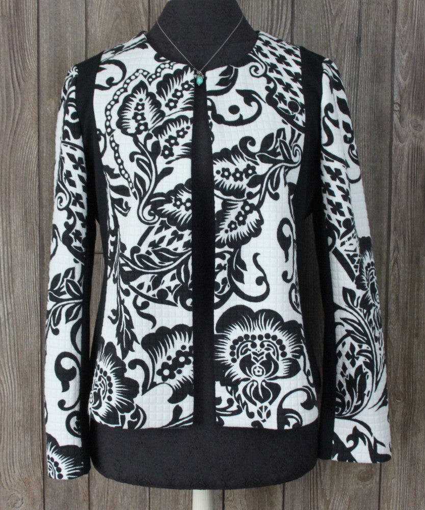 New Chicos Blazer Jacket 0 size Black White Quilted Soft Open Front Lined 69.00
