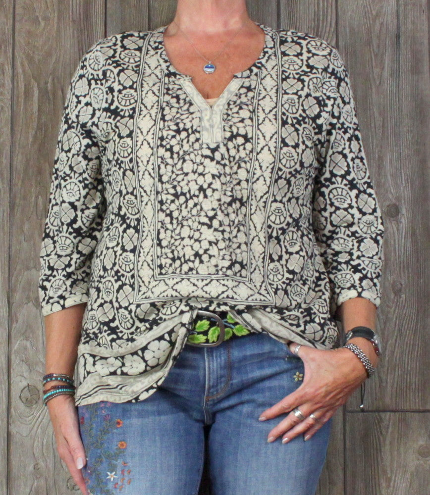 Cute Lucky Brand Blouse 1x size Black Beige Tan Top Womens
