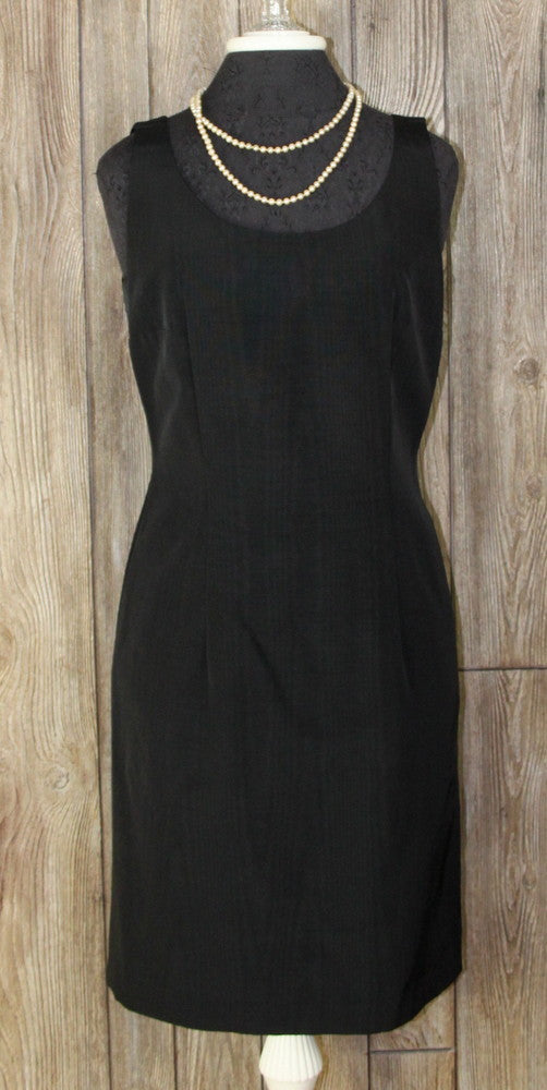 Pretty Moschino Cheap and Chic size 12 Little Black Dress Classic Style Crepe Womens