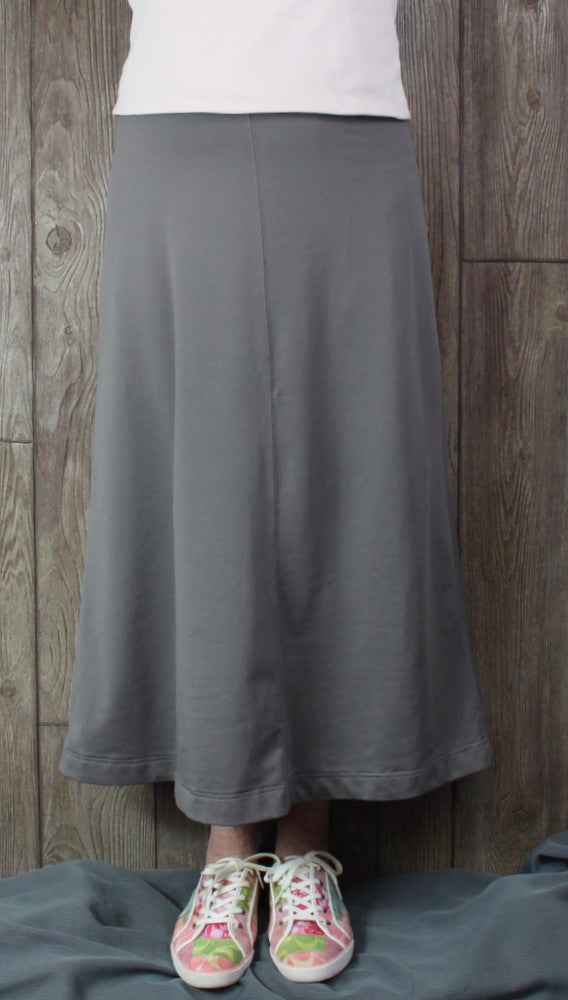 Cute Sahalie Stretch Skirt M size Gray Womens Casual Easy Wear
