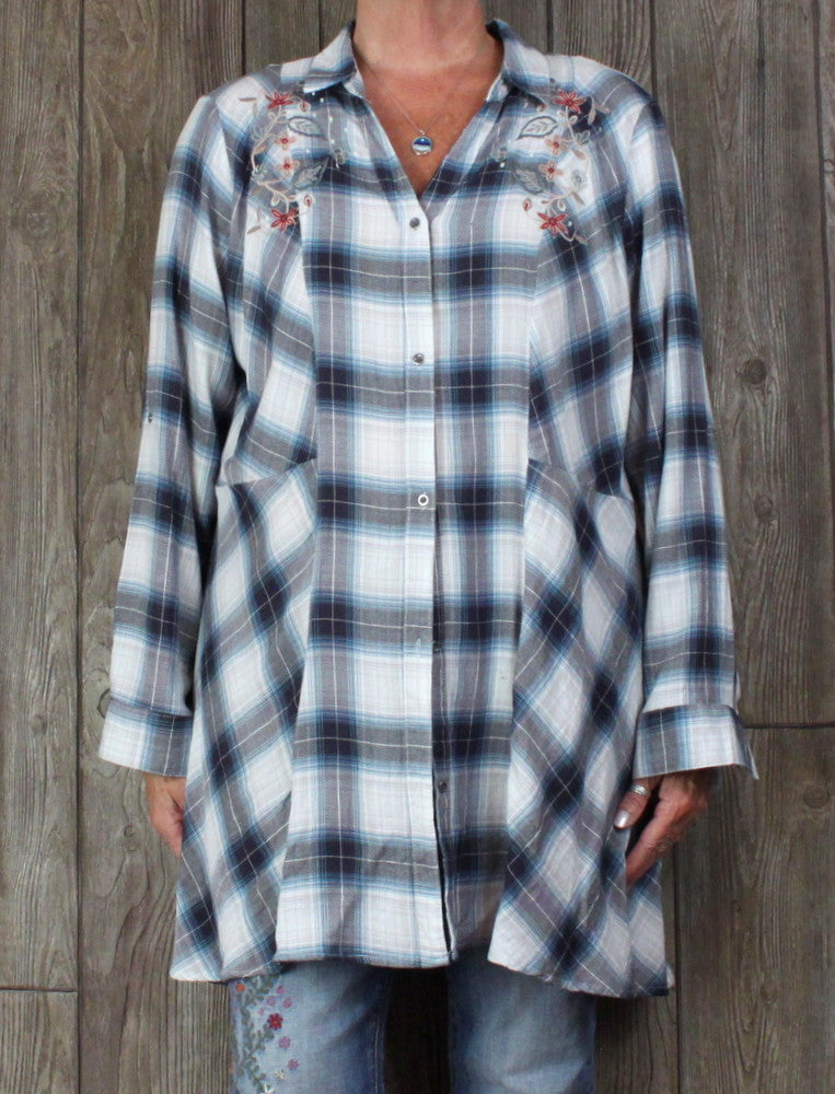 Cute Tantrums XXL 2XL size Blouse Blue Gray Plaid Embroidered Top