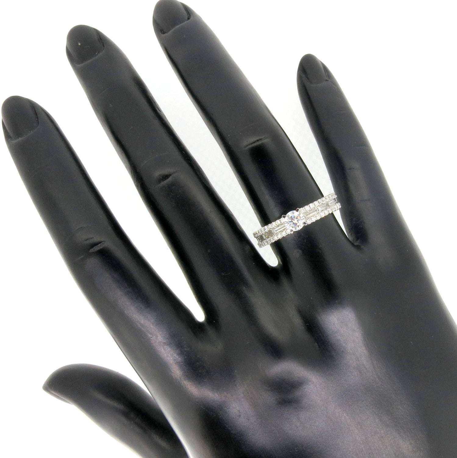 Unique Diamond Engagement Ring with 1.03 Carat Diamonds