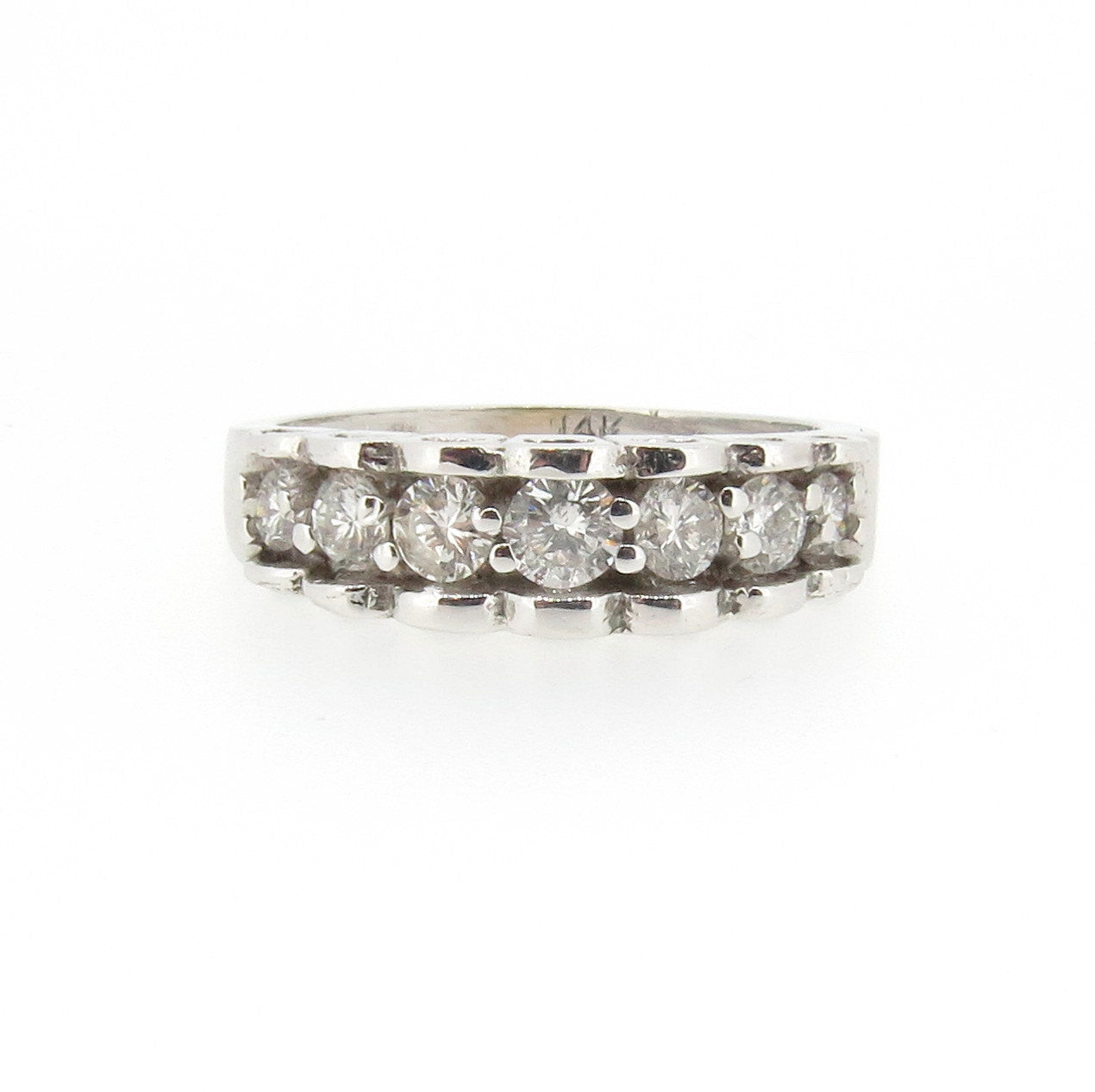 7-Diamond Wedding Band