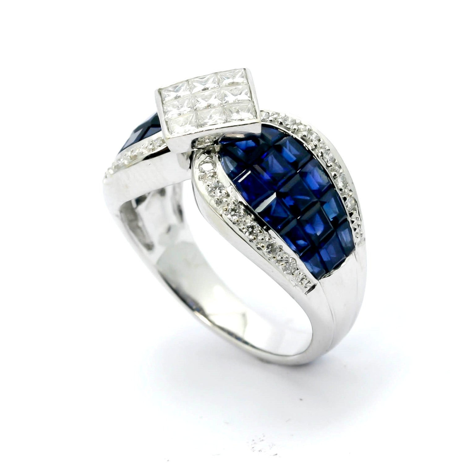 Blue Sapphire Gemstone & Diamond Cocktail Ring