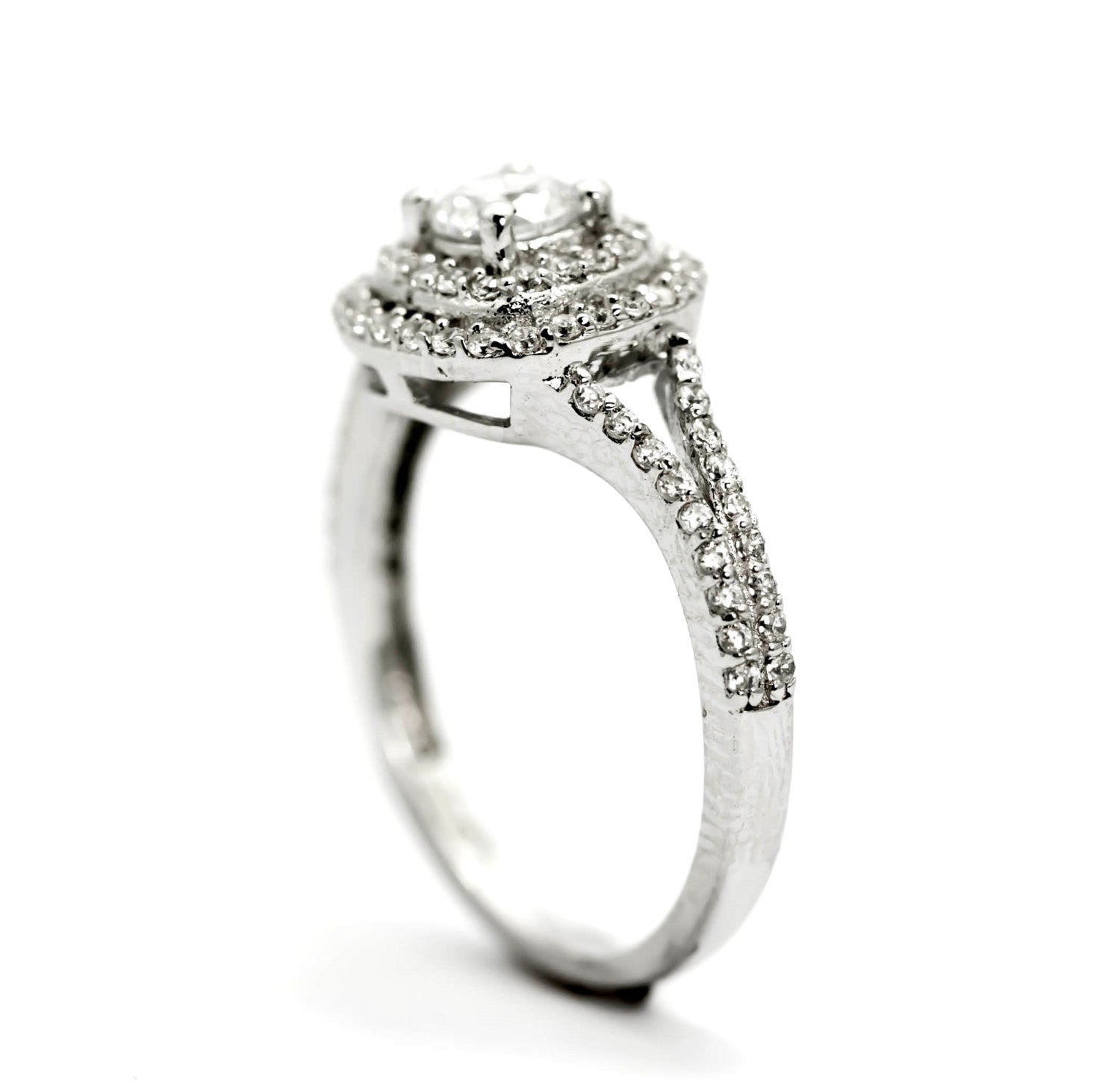 featuring of jewellery shape heart d view white graff high ring side with ct pear a flawless collections diamond carat