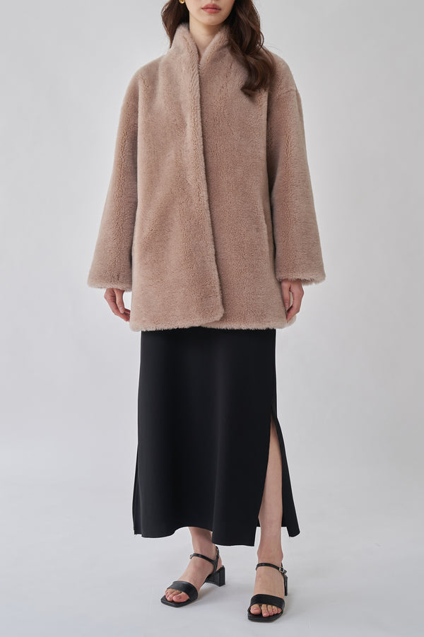 THE MODERN TEDDY JACKET - TAUPE