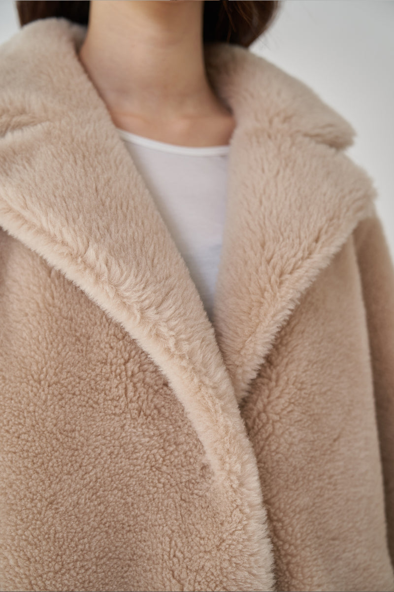 THE CLASSIC TEDDY JACKET - SAND