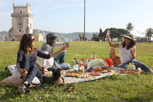 Picnic With a View for 4 - Weekends