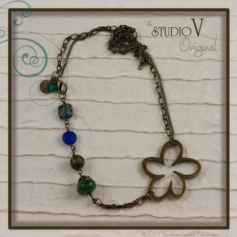 Glorious Greens Necklace