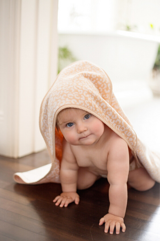 WILD CHILD Hooded Baby Towel