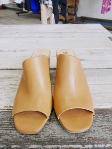 Silentd Tan Leather Heeled Mules SIZE 41