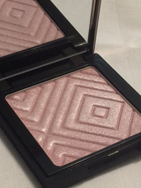 MAKEUP GEEK GLITZ HIGHLIGHTER COMPACT