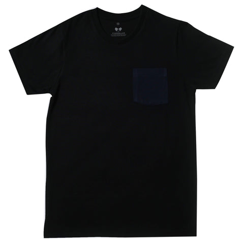 Super Soft T-Shirt White On Navy Pocket