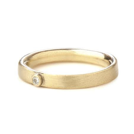 Diamond 9ct Yellow Gold