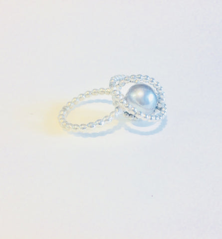 Space ring large pearl