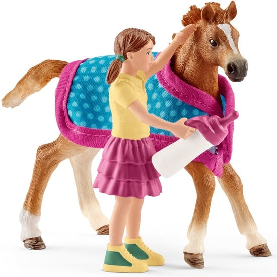 Schleich - Foal with Blanket