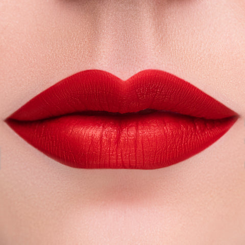 CLASSIC RED Liquid Lipstick