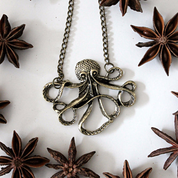 NAUTICAL OCTOPUS THE CUDDLY NECKLACE - PLUTO'S EGO - 2