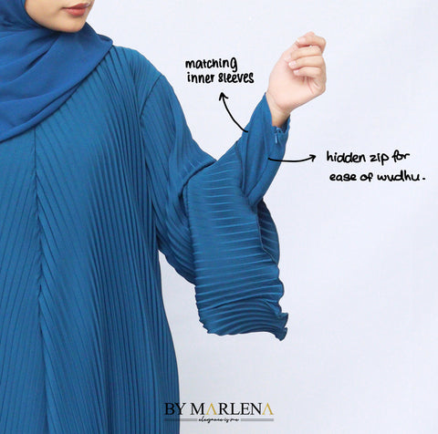 Pleated abaya jubah with inner sleeves and hidden zip for wudhu friendly