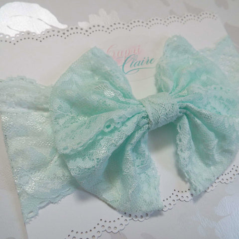 Lace Wrap in Mint