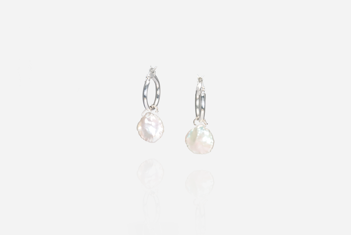 Bijoux Baroque Pearl Hoop Earrings