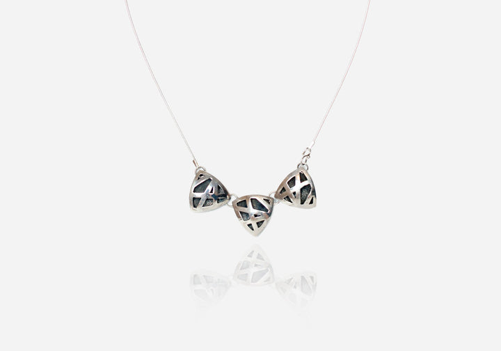 Eyry Trio Collar Necklace
