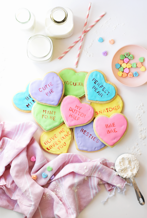 TASTY TUESDAY: Valentine's Conversation Heart Cookies