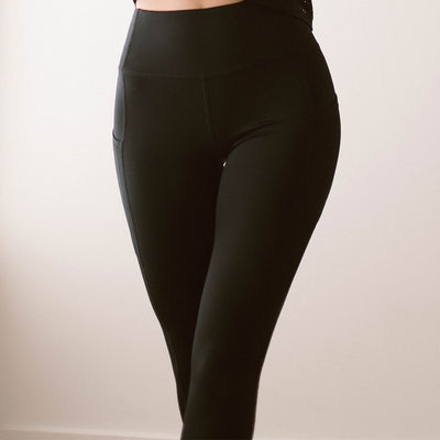 Intention Flow Capris, Black