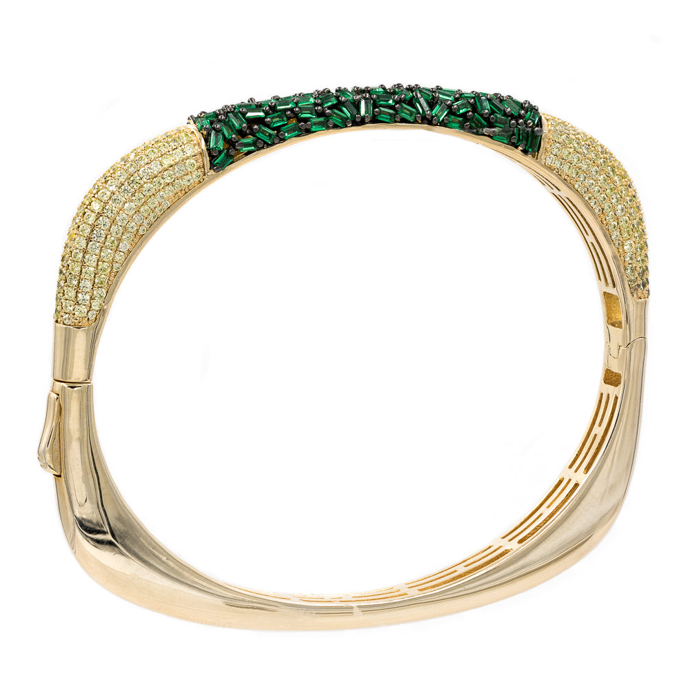 BA2224Y-G STERLING SILVER 925 GOLD PLATED FINISH EMERALD COLOR BAGUETTE AND CZ BANGLE