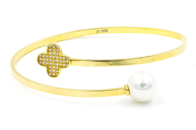 ZDB115-G  STERLING SILVER 925 GOLD PLATED CLOVER FLOWER AND PEARL BANGLE