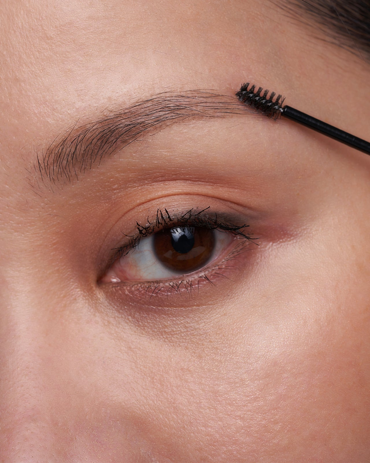 flexibrow-clear-brow-gel-michelle-phan-model-1