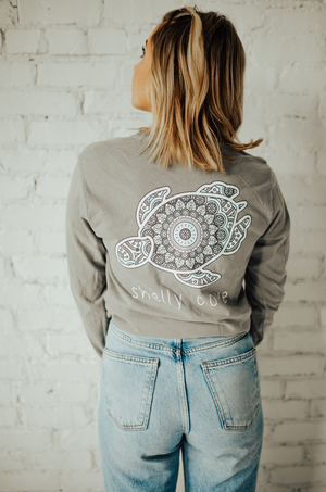 Tile Medallion Long Sleeve Tee - Shelly Cove