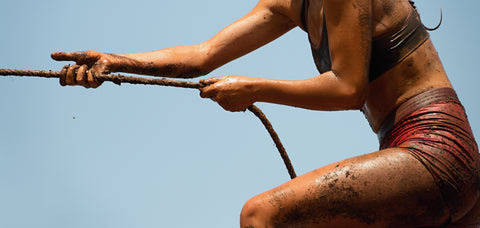 mud run rope woman