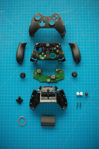 Disassembly and assembly required. xbox one disassembled pieces