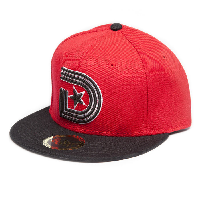 CLASSICS SNAPBACK CAP in Red and Black