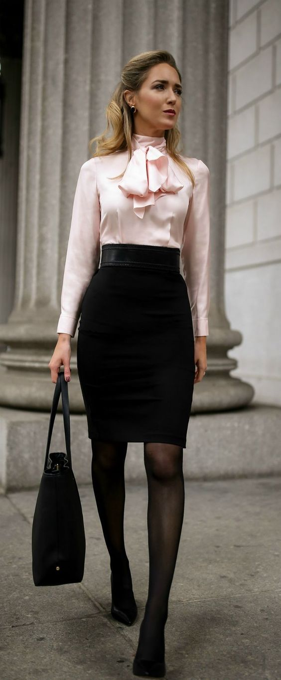 8 Handy Tips for Fashionable Working Women