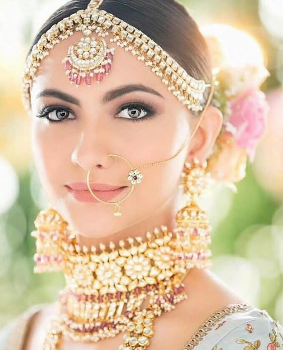 How to Accessorize with Ethnic Outfits for Indian Weddings?