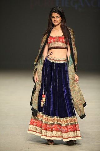 Bridal lehenga with heavy embroidery borders