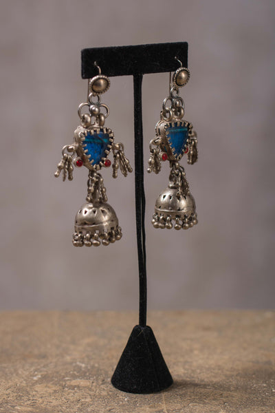20a154-silver-amrapali-earrings-glass-garnet-accents-chandelier-alternate-view