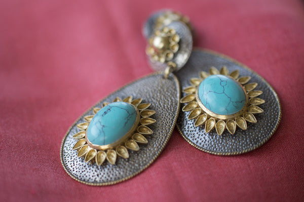 20a156-silver-gold-plated-amrapali-earrings-two-tone-turquoise-alternate-view