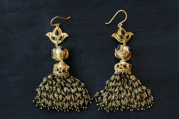 20a173-silver-gold-plated-amrapali-earrings-tassel-black-bead-earrings