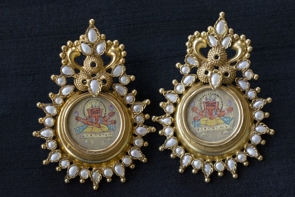 20a177-silver-gold-plated-amrapali-earrings-hand-painted-ganesh-pearl