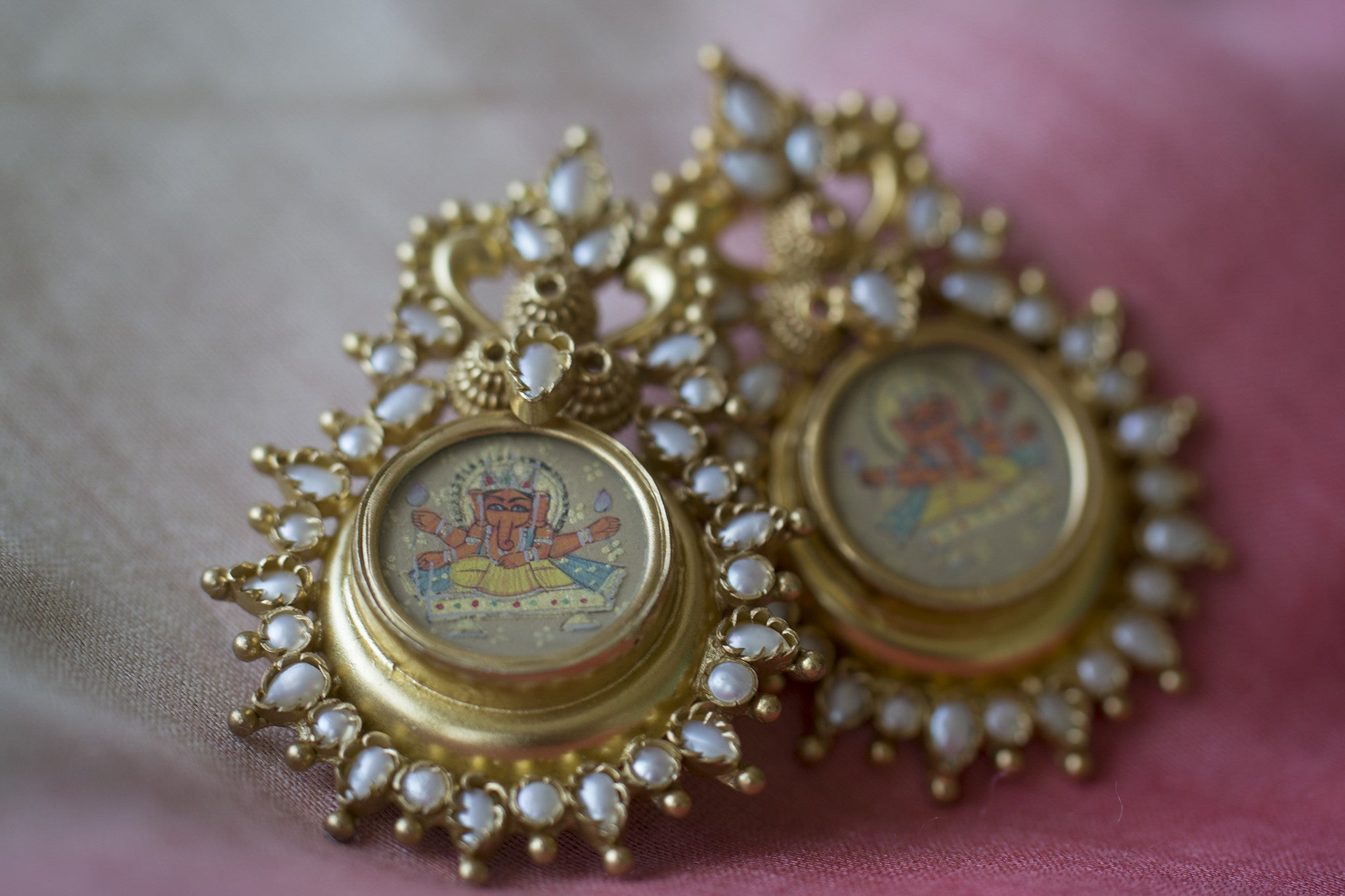 20a177-silver-gold-plated-amrapali-earrings-hand-painted-ganesh-pearl-alternate-view