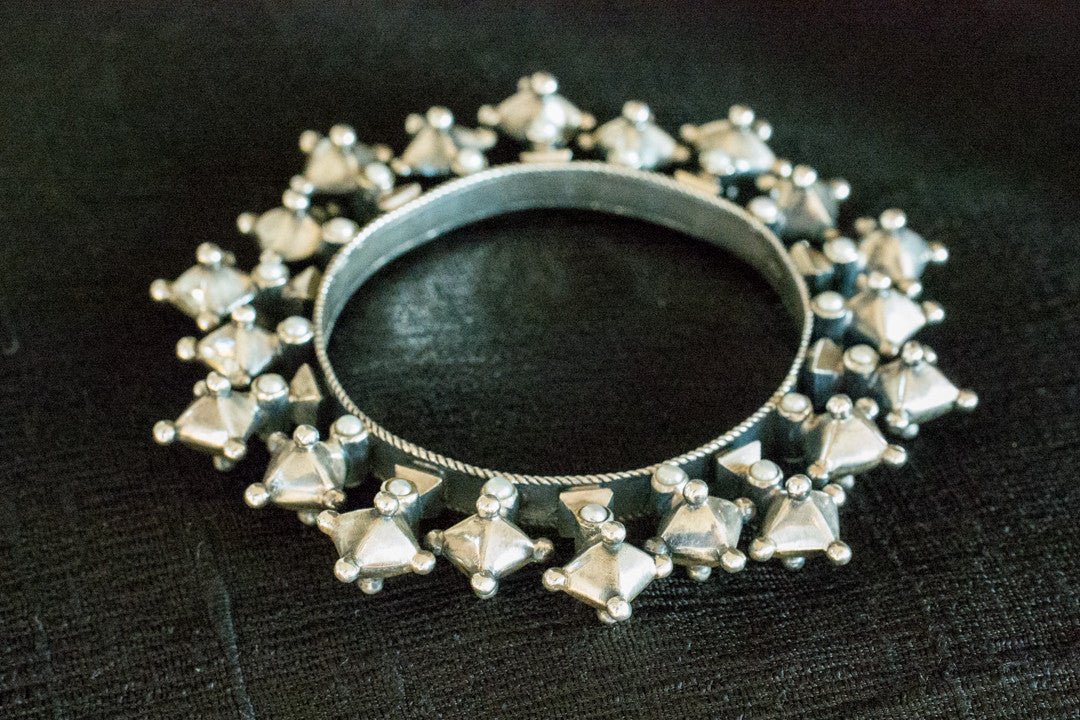 20a400-silver-amrapali-bangle-subtle-pearl-accents-bold-geometric-designs-alternate-view