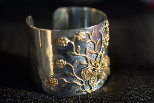 20a403-silver-gold-plated-amrapali-cuff-bracelet-two-tone-butterfly-flowers-alternate-view