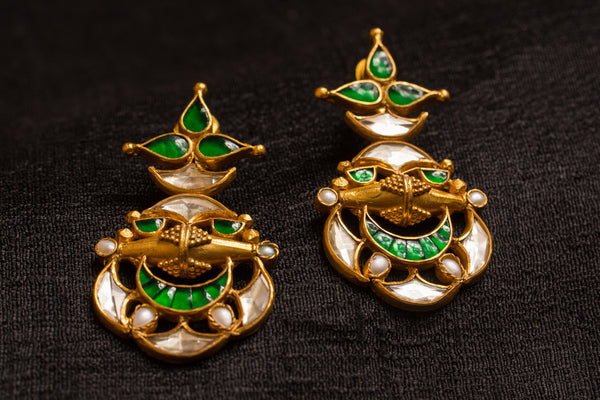 20a422-silver-gold-plated-amrapali-earrings-green-glass-pearl