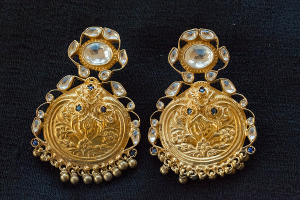 20a423-silver-gold-plated-amrapali-earrings-embossed-floral-stones