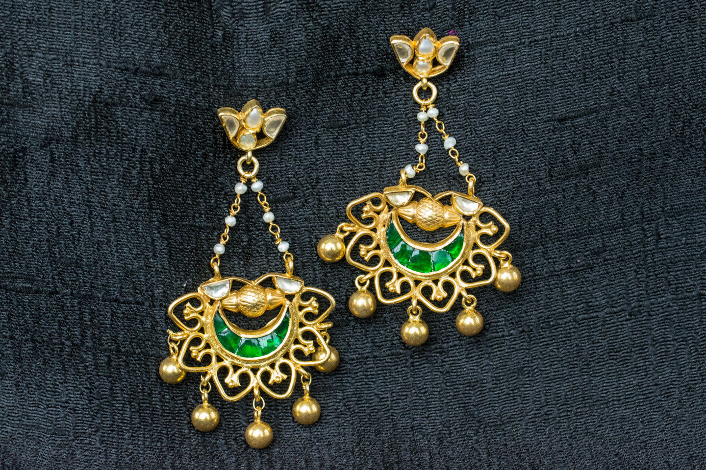 20a429-silver-plated-gold-amrapali-earrings-green-glass-pearl-floral-top