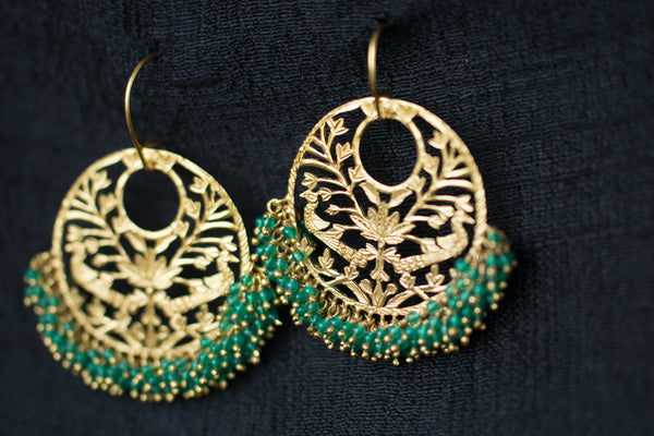 20a436-silver-gold-plated-amrapali-earrings-drop-green-onyx-beads-cut-work-alternate-view