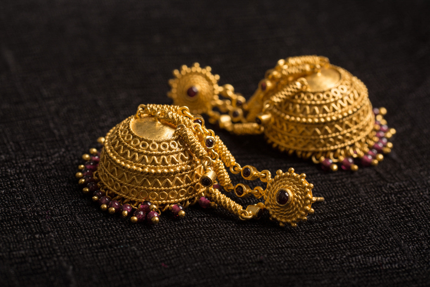 20a437-silver-gold-plated-amrapali-earrings-garnet-jhumka-alternate-view